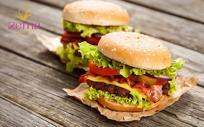 Không nên ăn thức ăn nhanh khi đang detox giảm cân