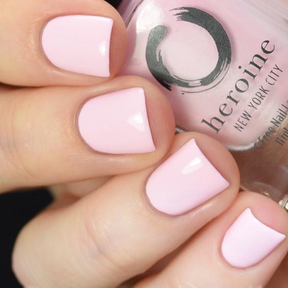 móng màu hồng pastel