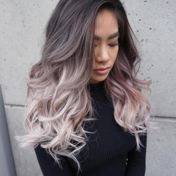 tóc lọn to màu tím khói