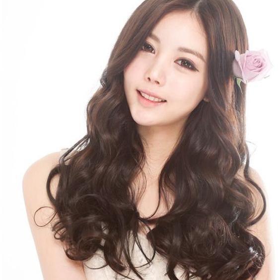 tóc uốn lọn to Hàn Quốc