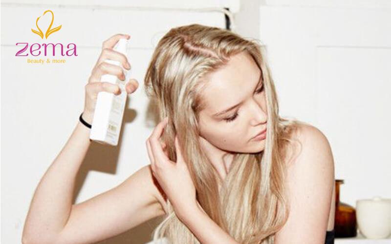 Phương pháp uốn phồng chân tóc bằng dầu gội khô