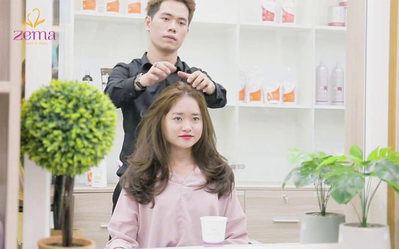 Làm tóc xoăn hết bao nhiêu tiền tại ZEMA Việt Nam