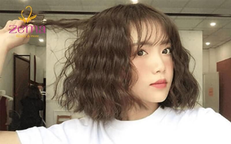Kiểu tóc hợp với tuổi học sinh nhất