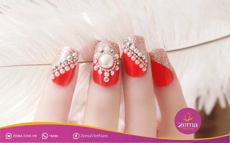 Các mẫu nail art đính đá, nạm ngọc độc đáo