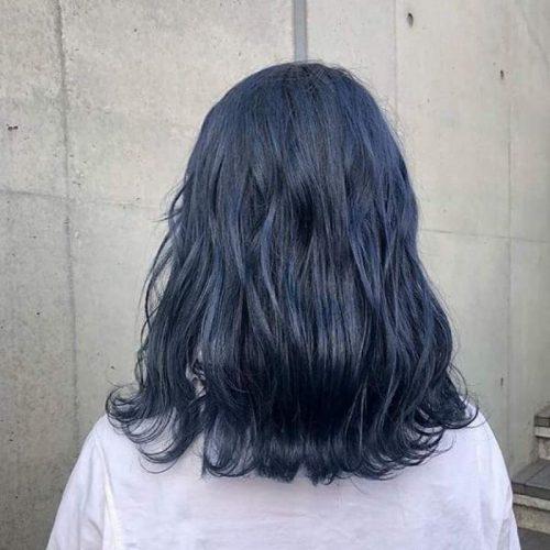 Kiểu tóc màu đen khói xanh dương