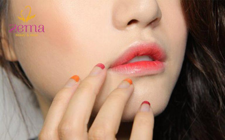 Bạn có nên phun môi màu hồng cam