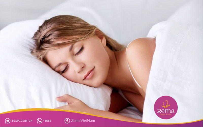 Chăm sóc giấc ngủ là chăm sóc làn da vào ban đêm