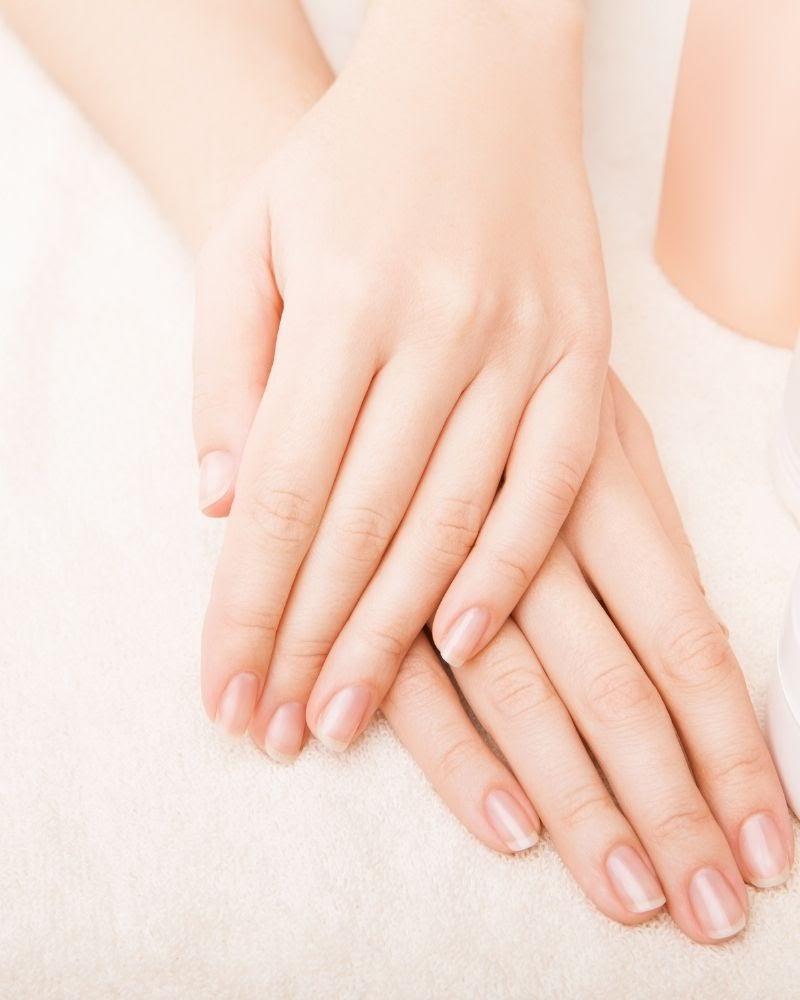 Có rất nhiều cách để dưỡng móng tay