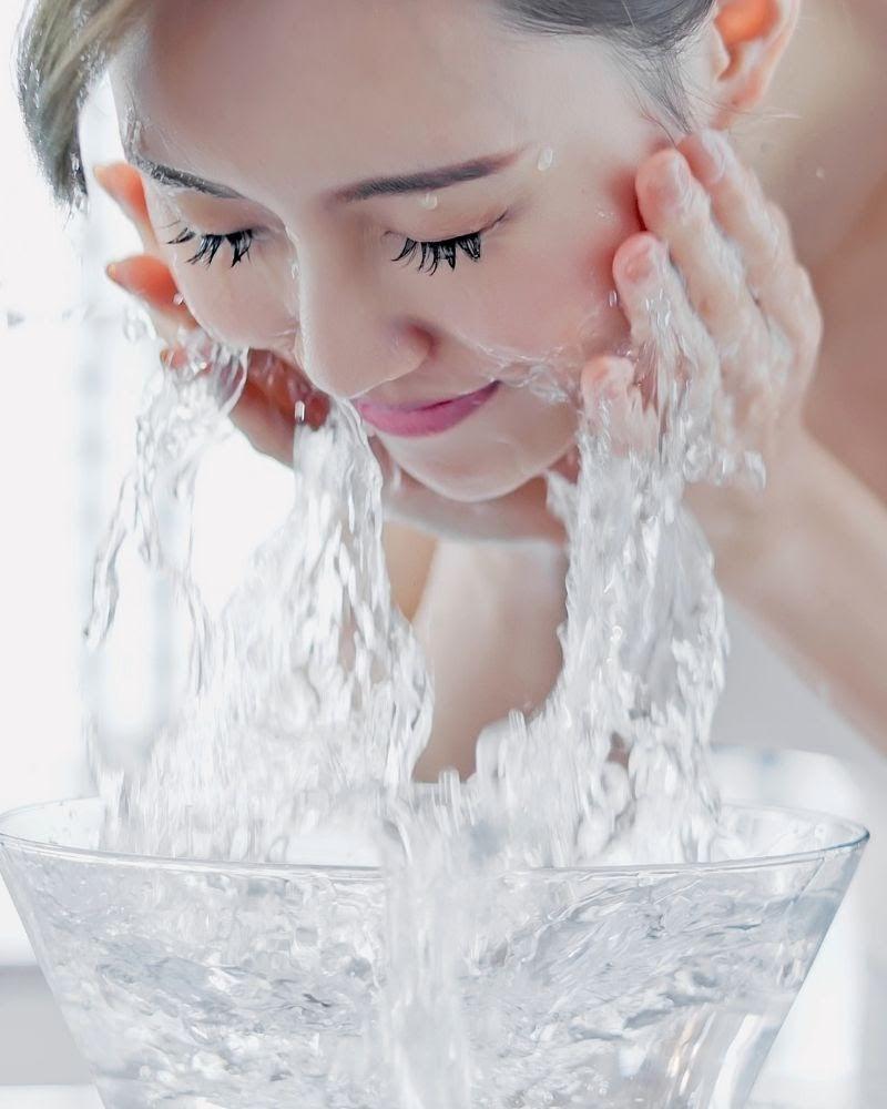 Cách rửa mặt mỗi ngày