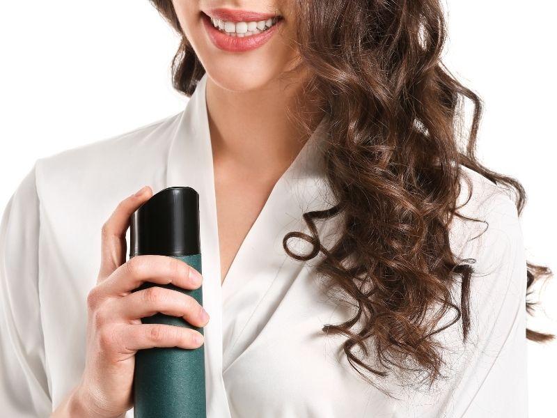 Mẹo chăm sóc tóc uốn để tóc giữ nếp lâu hơn