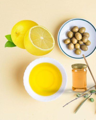 Cách đắp mặt nạ dưỡng da bằng dầu oliu, chanh và mật ong