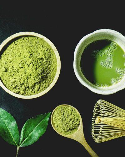 Cách làm mặt nạ dưỡng da bằng trà xanh