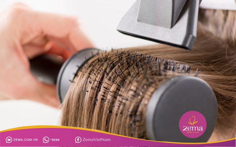 Kỹ năng sấy tóc rất quan trọng nếu muốn tóc vào nếp