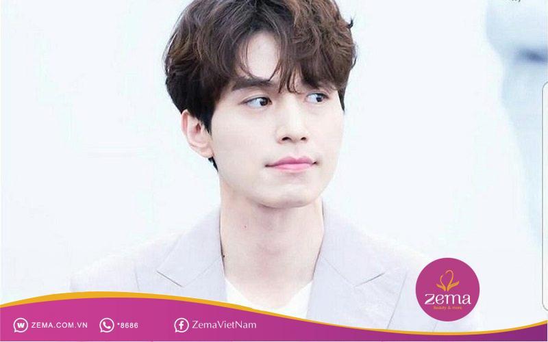 Kiểu tóc xoăn Hàn Quốc thanh lịch