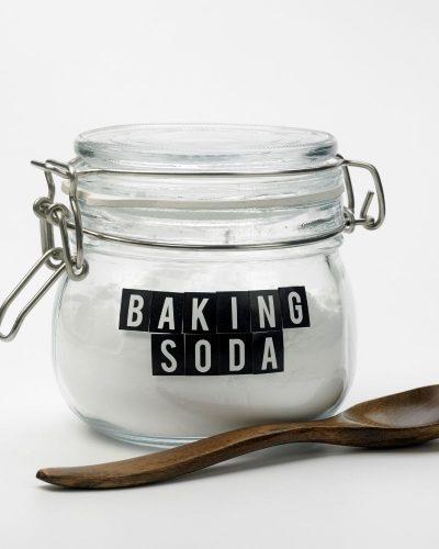 Cách sử dụng baking soda để triệt lông nách tại nhà