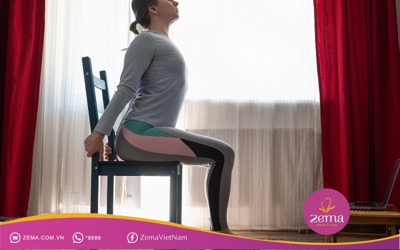 Nâng chân với ghế giúp giảm mỡ bụng hiệu quả
