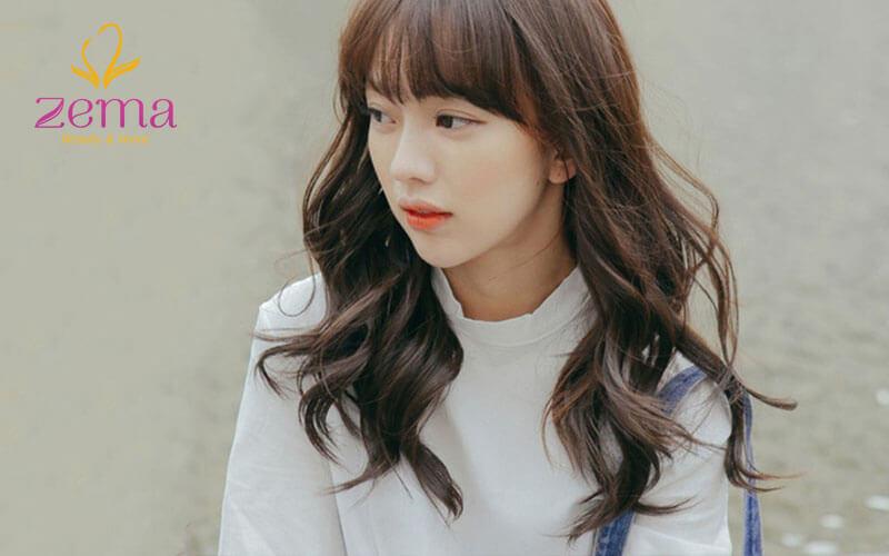 Kiểu tóc uốn lọn nhỏ đẹp Hàn Quốc