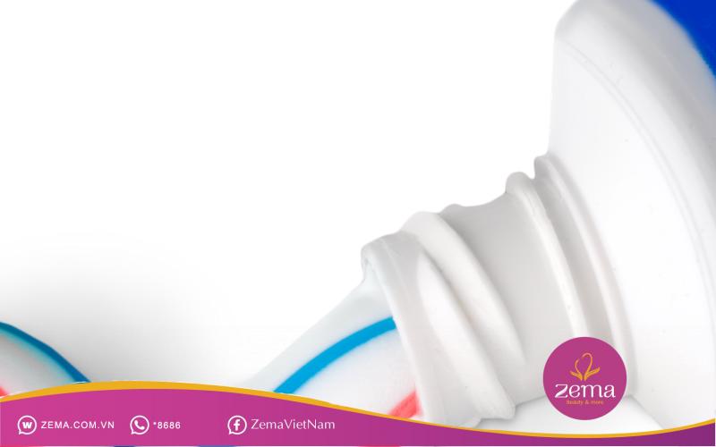 Kem đánh răng giúp trị mụn hiệu quả