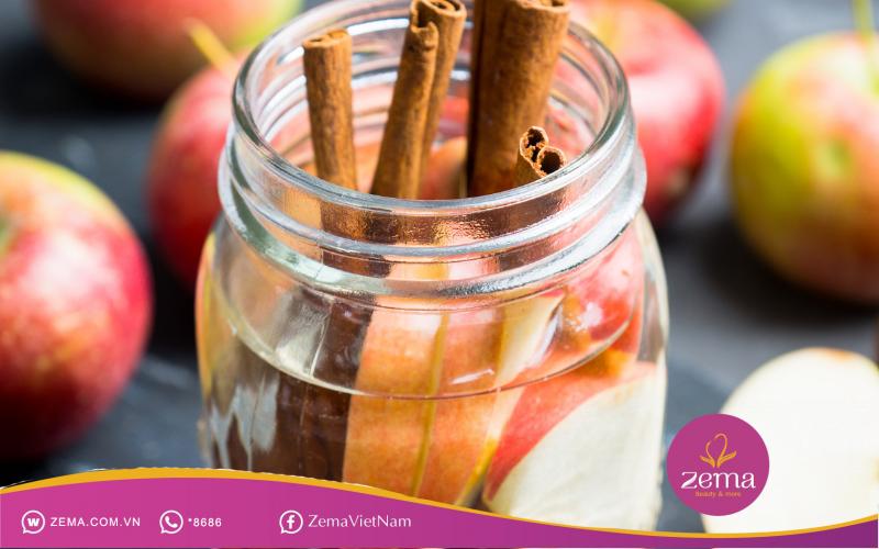 Detox táo và quế giúp kiểm soát thức ăn vào cơ thể