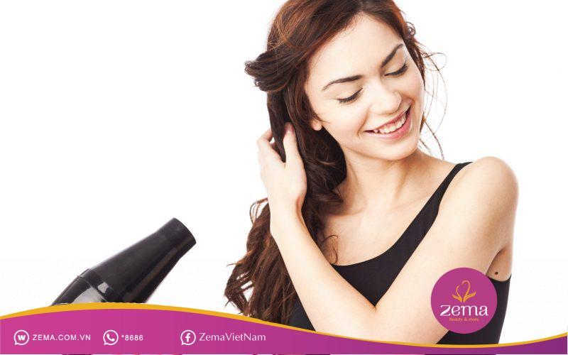 Hạn chế sử dụng máy sấy đề giữ màu và kiểu tóc màu khói chuẩn nhất