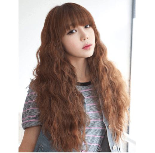 Kiểu tóc xoăn sóng ngắn kết hợp mái bằng