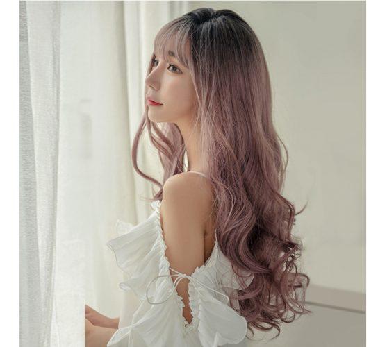 Kiểu tóc dài uốn đuôi tóc lọn to
