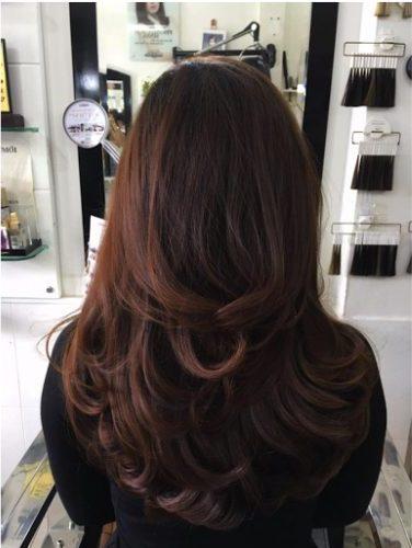 Kiểu tóc uốn xoăn 2 tầng
