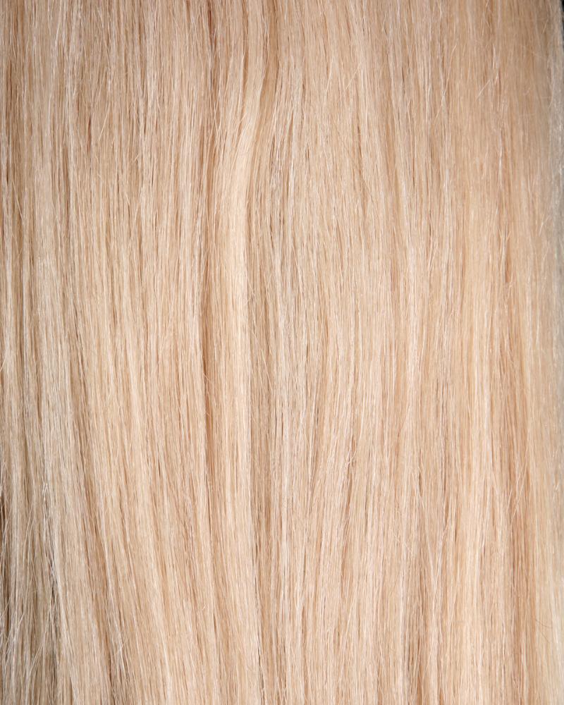 Màu vàng kem giúp hài hòa với làn da ngăm