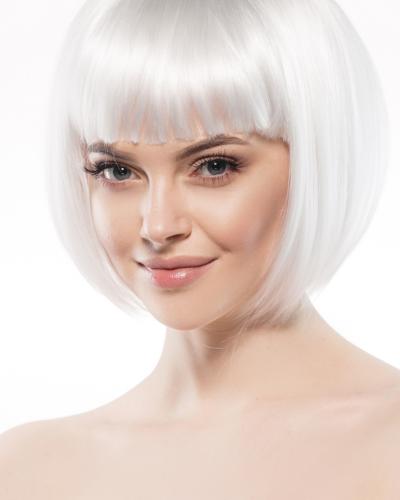 Tóc màu bạch kim giúp bạn nổi bật hơn