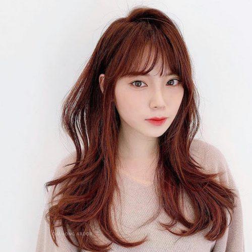 Màu tóc sáng da nữ phổ biến nhất - nâu đỏ