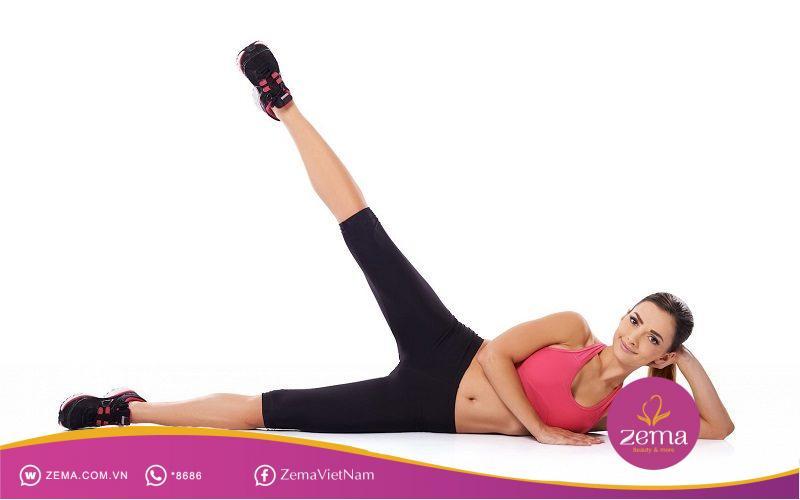 Giảm mỡ đùi nhanh chóng cùng bài tập nâng chân Pilates