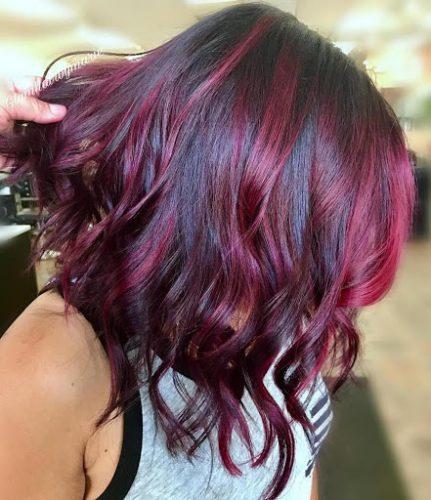 Cô nàng cá tính hãy thử nhuộm tóc màu tím highlight