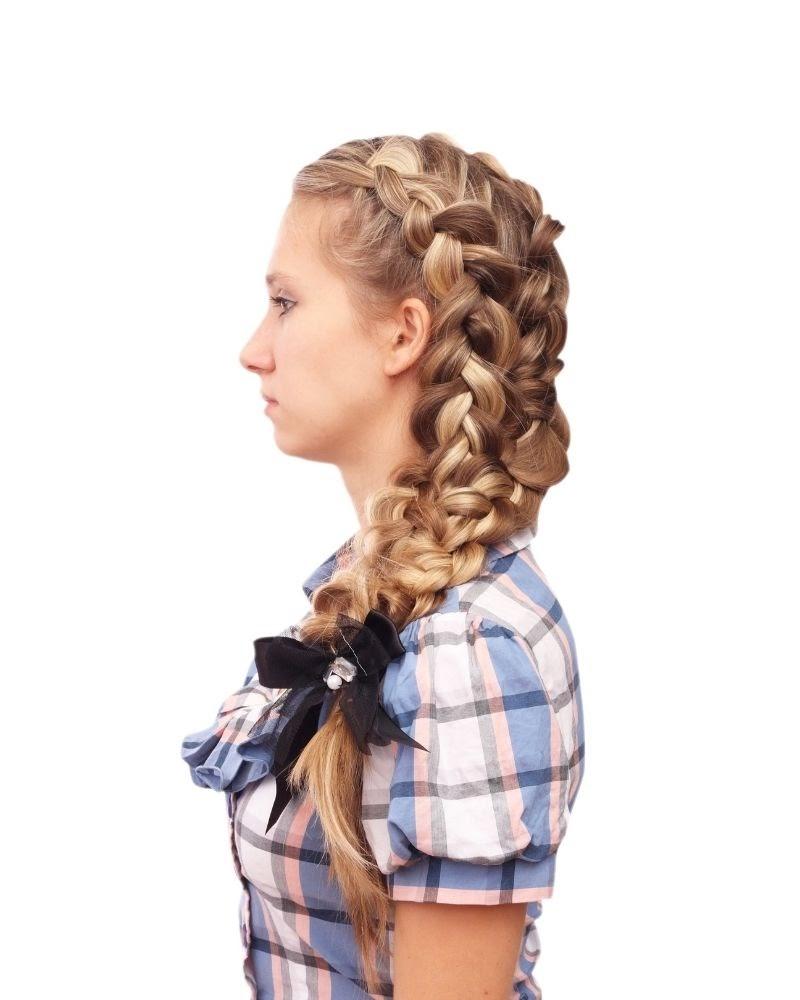 Kiểu tóc tết từ đỉnh đầu kỳ công