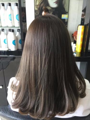 Tóc uốn cúp sẽ giúp mái tóc bồng bềnh và tự nhiên