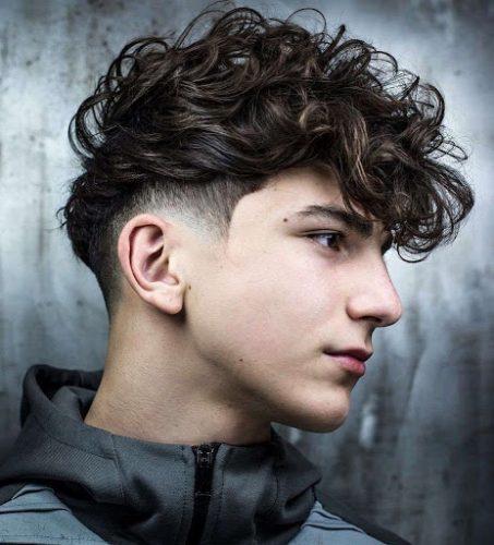 Tóc nam xoăn đang trở thành xu hướng trong thời gian gần đây