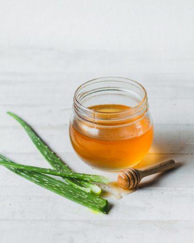 Nha đam và mật ong giúp cải thiện tổn thương do nám