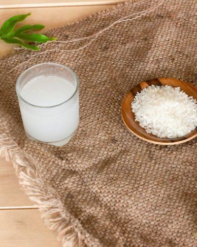 Nước vo gạo giàu vitamin và tốt cho da