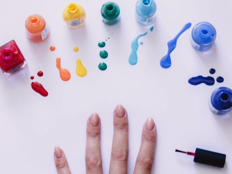 Màu sơn móng rất đa dạng và có nhiều sự lựa chọn