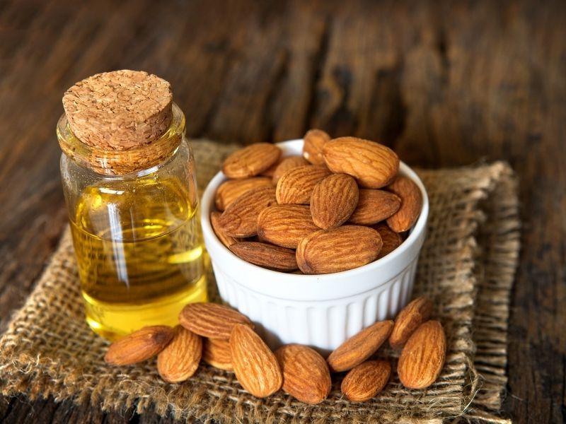 Vitamin E có nhiều trong hạnh nhân cực tốt cho da