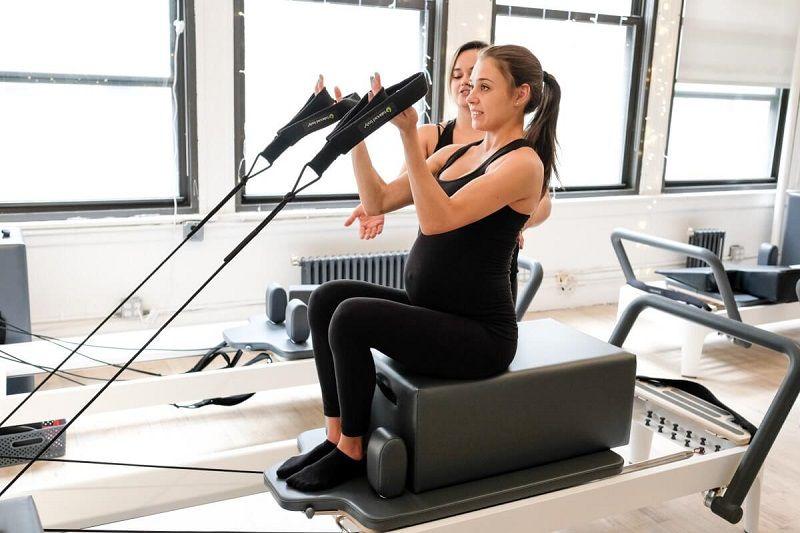 Các động tác Pilates sẽ giúp tăng cường cơ bụng