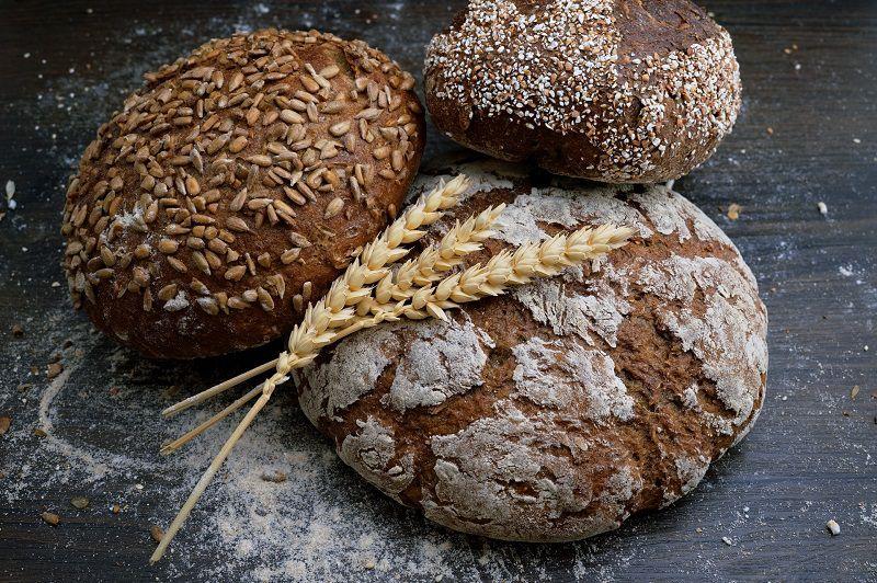 Nhiều chị em lo lắng ăn bánh mì có béo không?