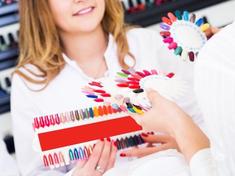 Bí quyết chọn tone màu sơn móng phù hợp