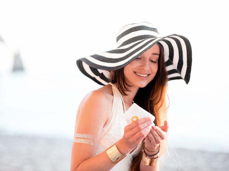 Sử dụng kem chống nắng để bảo vệ làn da yếu của bạn