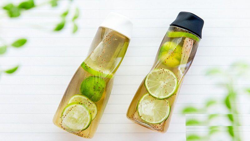 Sử dụng nước detox từ hạt chia để thanh lọc cơ thể