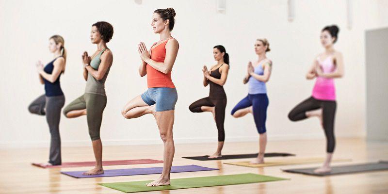 Yoga là một trong những cách giảm mỡ bụng tự nhiên có nhiều tác dụng