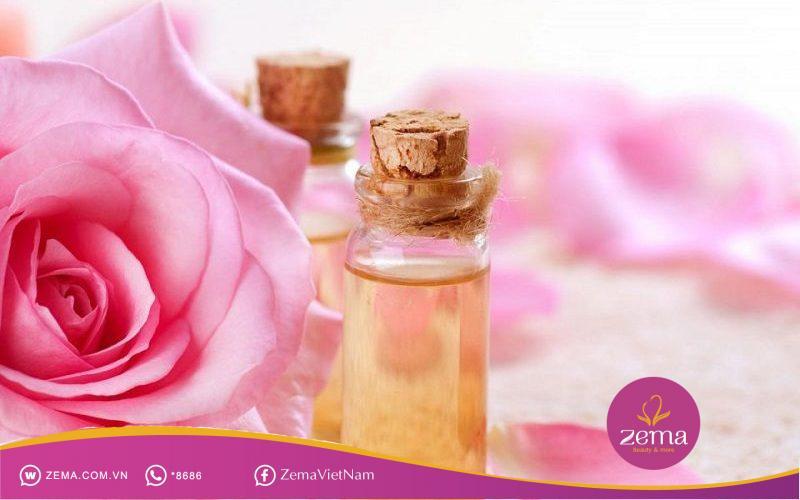 Nước hoa hồng không thể thiếu trong việc làm sạch da