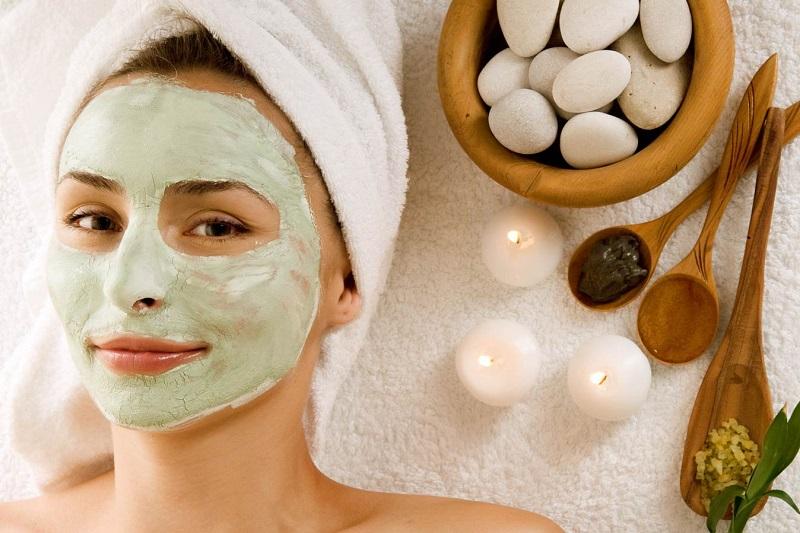 Chăm sóc da mặt giúp lớp trang điểm mềm mịn
