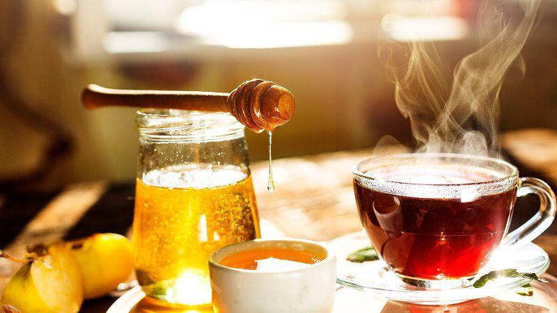 Giảm cân hiệu quả với một ly nước ấm pha mật ong mỗi ngày