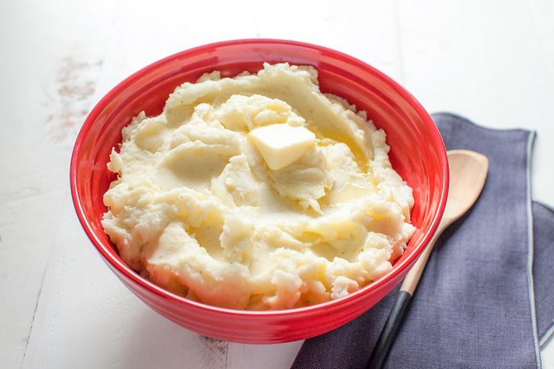 Khoai tây và sữa chua là sự kết hợp hoàn hảo giúp da trắng hồng