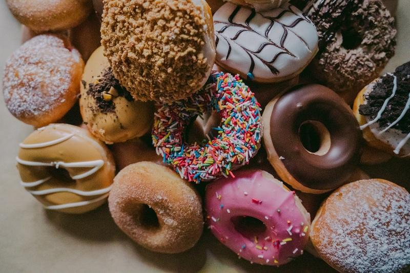 Cắt giảm các loại bánh ngọt ra khỏi khẩu phần ăn